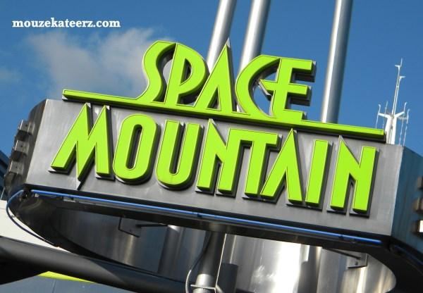 Space mountain, space mountain sign, Space mountain photo, Tomorrowland, Picasa photo editing, disney photography