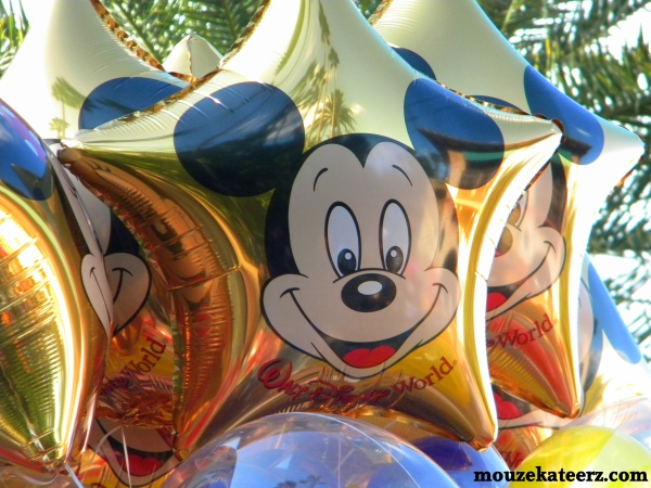 Mickey balloon, Hollywood Studios photos, disney theme park photography, disney world photography