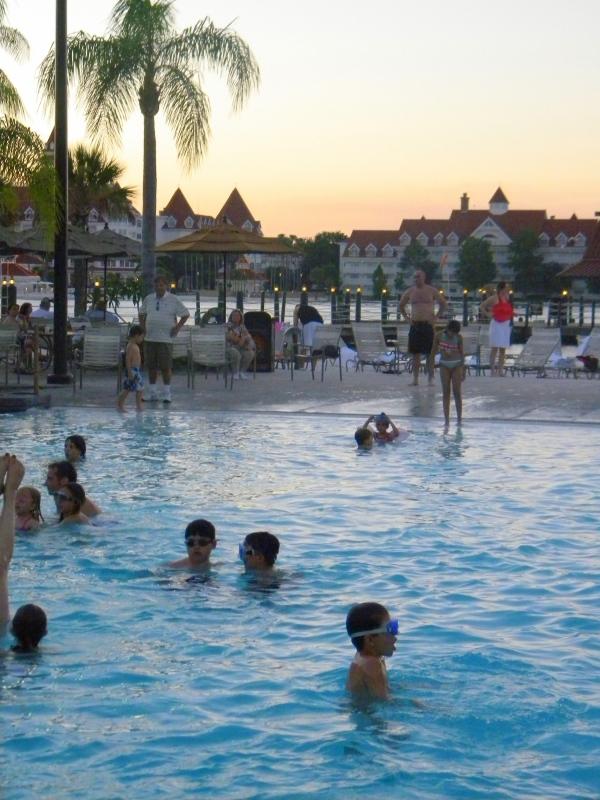 Disney Polynesian Resort Volcano pool