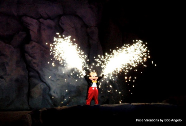 Hollywood Studios Fantasmic, Disney's Hollywood Studios Fantasmic, Hollywood Studios Fantasmic review
