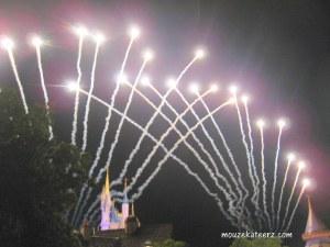 Disney Wishes, disney photography, Picasa, Disney, Magic Kingdom photos, fireworks, Photoshop, photo editing