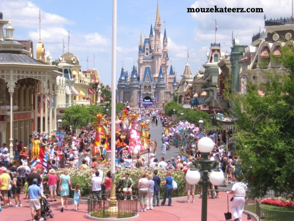 magic kingdom parade photo, magic kingdom photography, main street disney photo