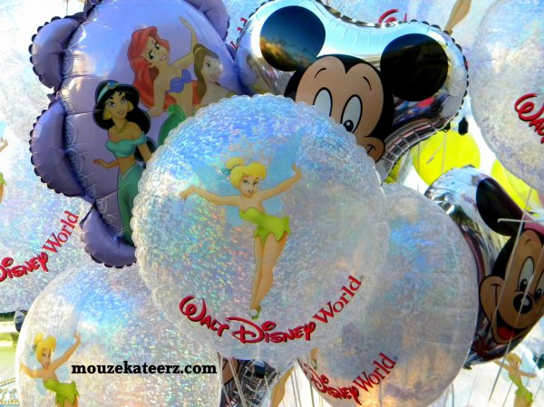 Disney balloons, Disney balloon photos, Disney kids balloons, Disney Dining Plan, Disney Vacation Club