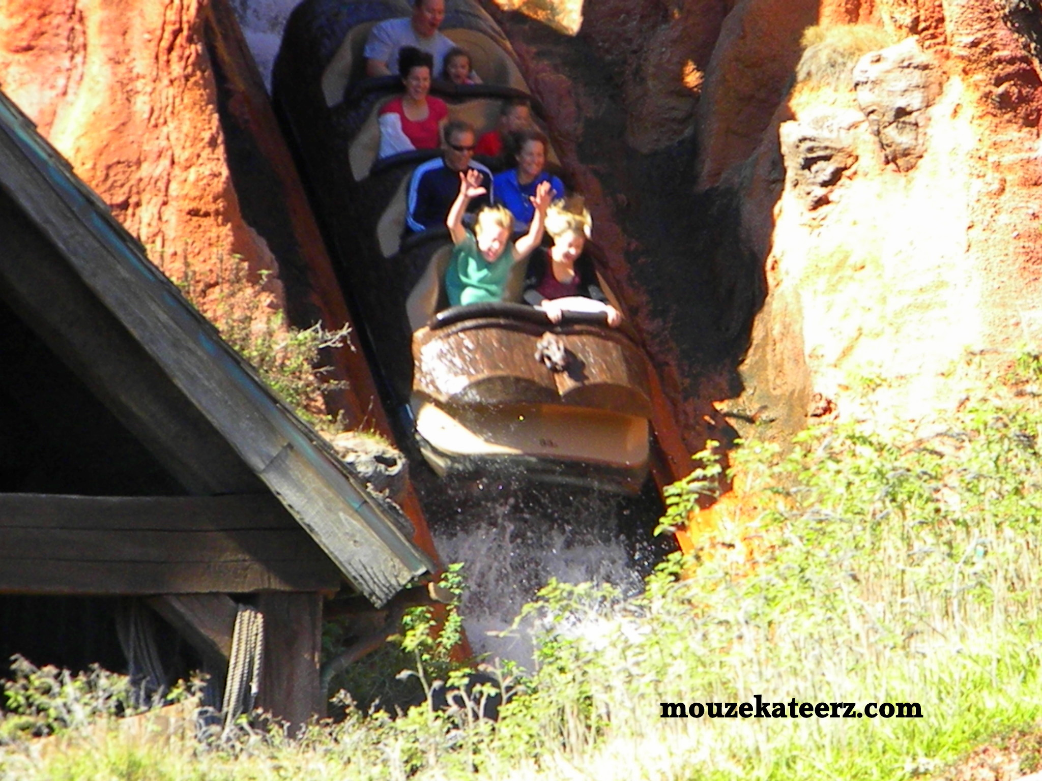 splash mountain flash - HD 2048×1536