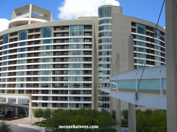 Bay lake tower photo, bay lake tower rates, bay lake tower reservations, disney bay lake tower DVC