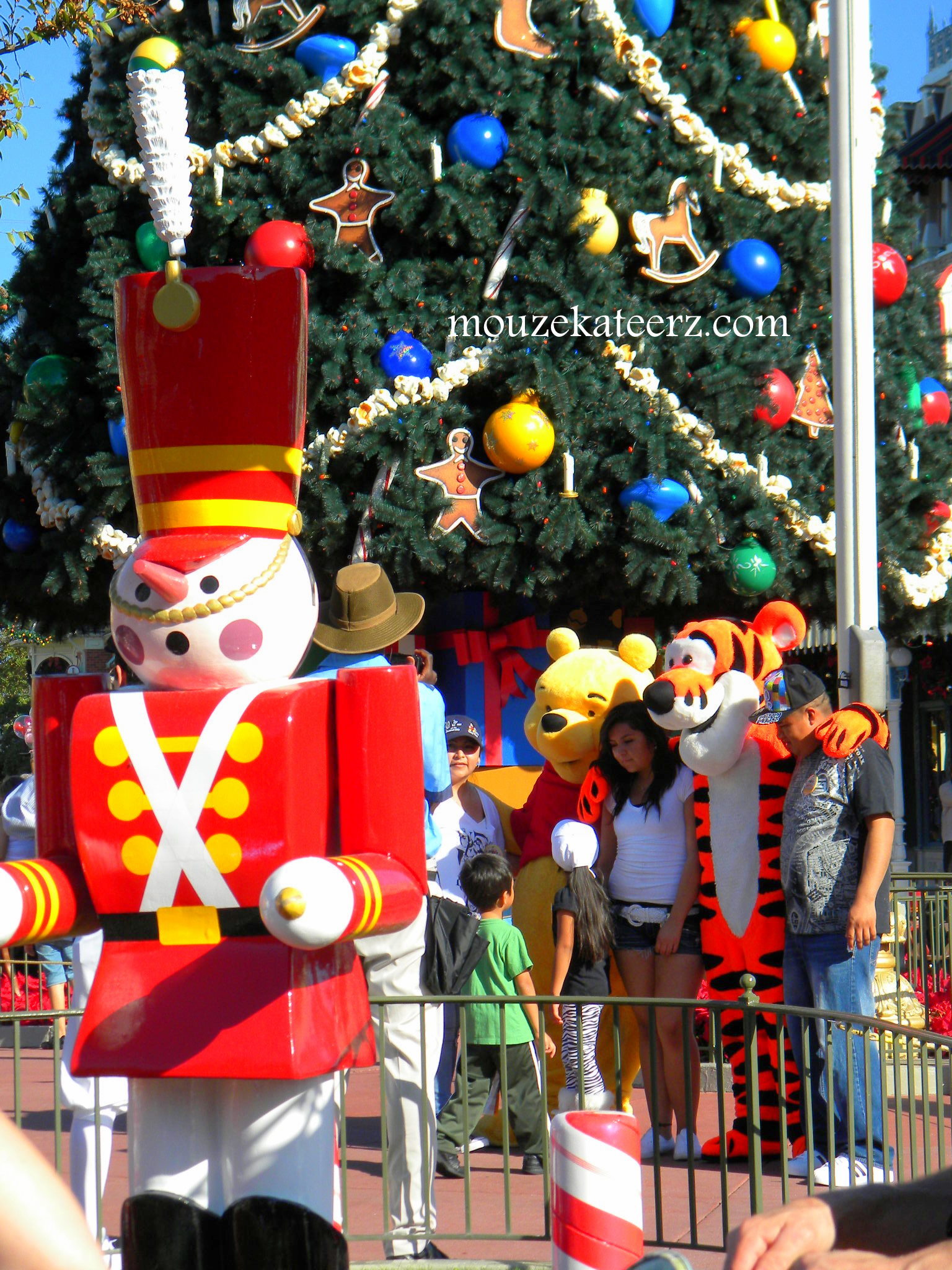"Christmas Toys Disney : Planning a disney christmas vacation here s the ""crowded"
