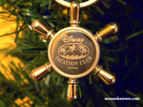 Disney vacation Club, Disney Vacation Club key chain, DVC, Disney resort gifts, Disney on ebay.