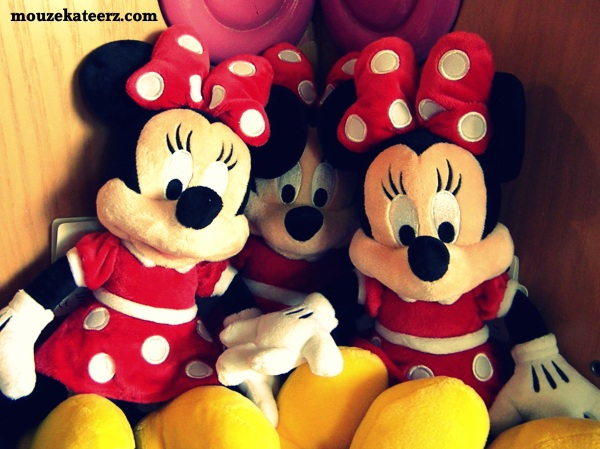 minnie mouse doll, minnie mouse