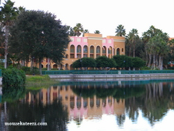Coronado Springs Resort, Coronado Springs Resort lake, Disney's Coronado Springs Resort