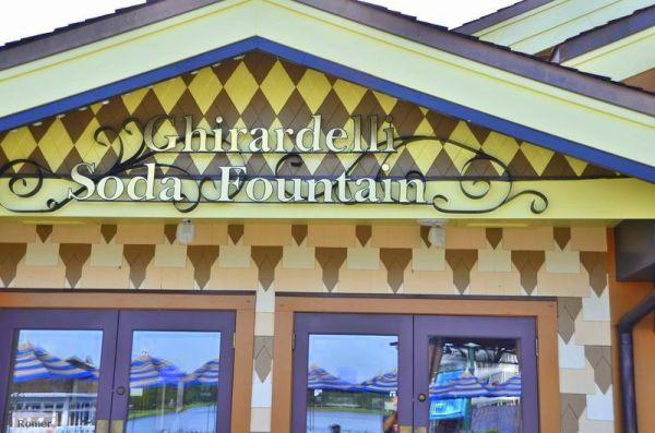 Ghirardelli Soda Fountain, Ghirardelli chocolate, Ghirardelli Free chocolate, Ghirardelli Downtown Disney