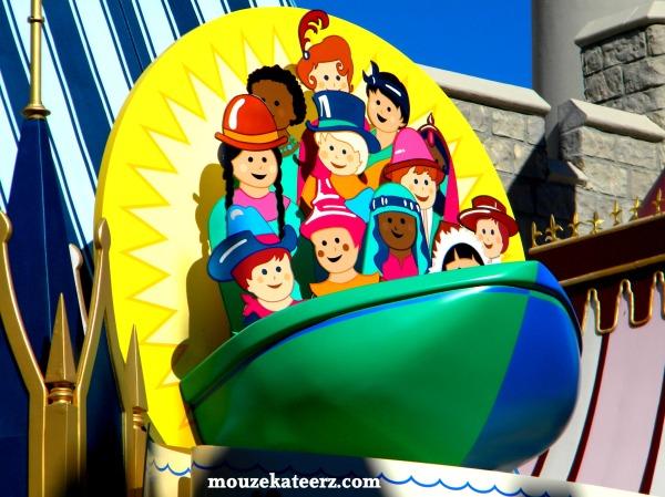 Fantasyland photo, Small World ride