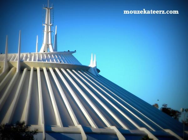 Space mountain, Disney World, Tomorrowland