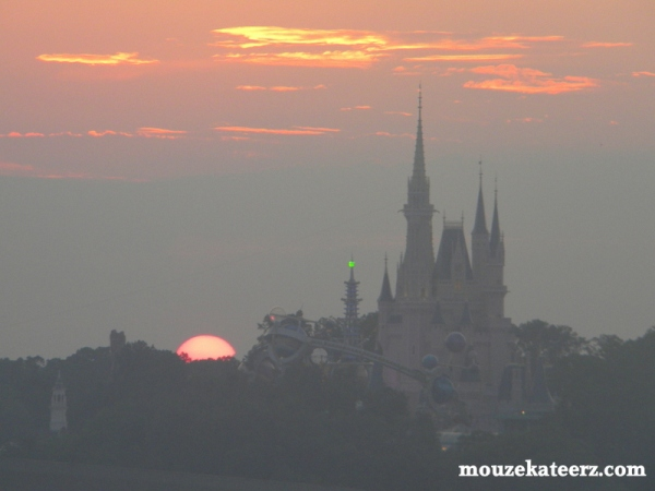 Castle, Cinderella Castle, sunset, sunsets, beautiful sunsets, Magic Kingdom sunsets,