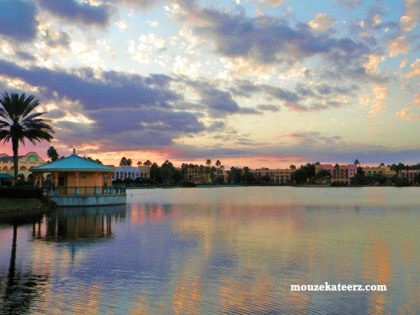 Disney's Coronado Springs Resort, Moderate Disney Resorts, Coronado Springs lake