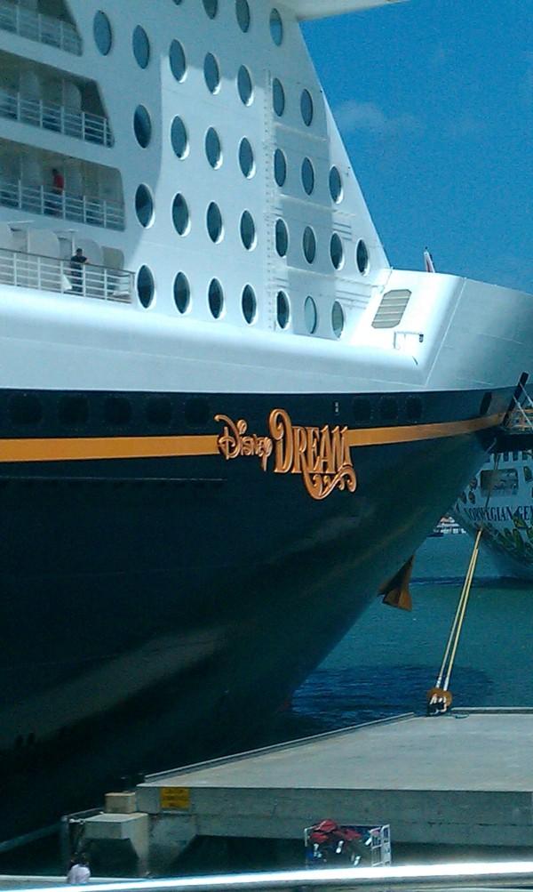 Disney cruise ship, Disney vacation planner, travel agent, Disney Dream