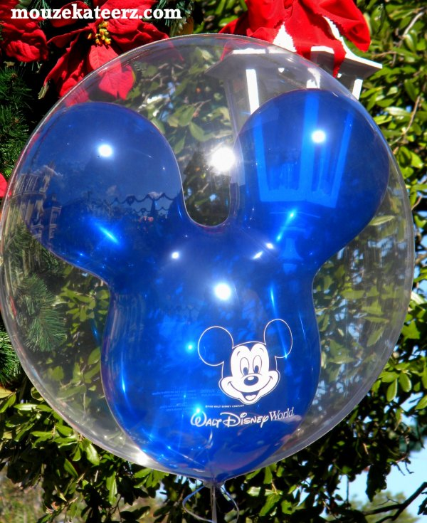 Disney websites, Mickey Mouse balloon
