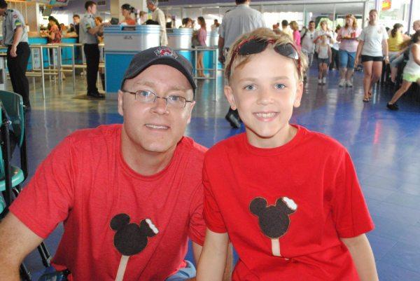 Disney crafts, Mickey Mouse Ice Cream bar t-shirt, Mickey Mouse t-shirt, Mickey Mouse Ice Cream bar