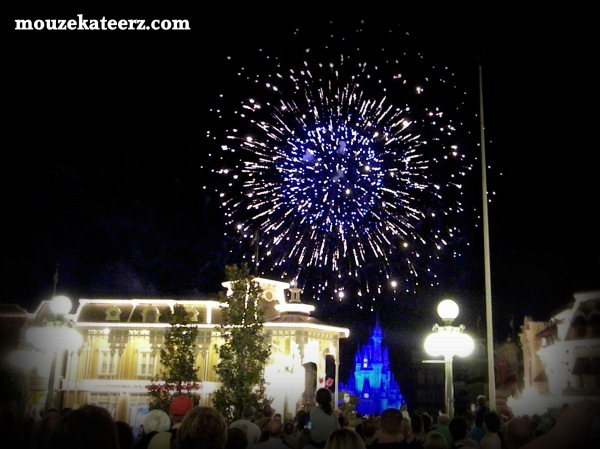 Main Street at night, Wishes fireworks, Disney fireworks, Disney Main Street