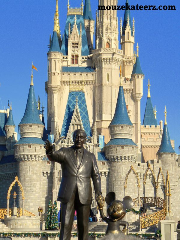Walt and Mickey, Walt and Mickey statue, Mickey Mouse statue, Disney statue, Cinderella castle