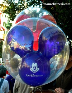 Disney balloon, birthday at Disney, birthday at Disney world, ways to have a birthday at Disney, Disney birthday ideas