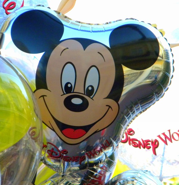 Mickey Mouse balloon, Mickey balloon, Disney balloon, Disney birthday, Disney Moms,