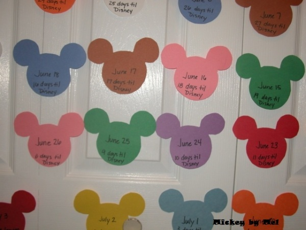 Mickey Mouse calendar, Mickey Mouse crafts, Mickey Mouse Paint sample, Mickey Mouse paint samples