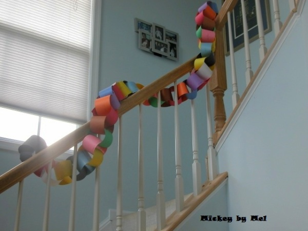 Mickey Mouse paper chain, Mickey paper, Mickey mouse crafts
