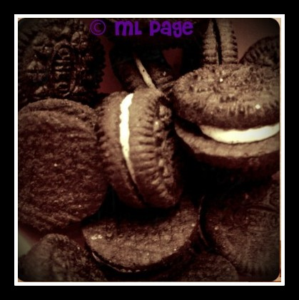 Oreo cookies, oreo cupcakes, chocolate cupcakes, chocolate oreos recipe
