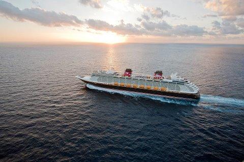 price for Disney cruise, take a Disney cruise, can I afford a Disney cruise, Disney Cruise, Disney Fantasy, Disney Magic, cruise ship, Disney cruise ship photo