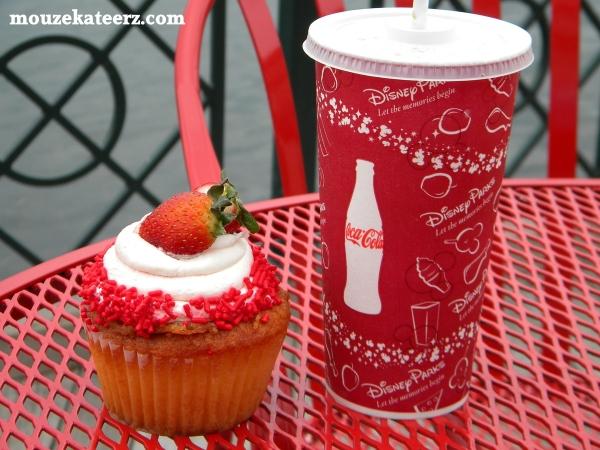 Boardwalk bakery, Boardwalk resorts food, strawberry desserts