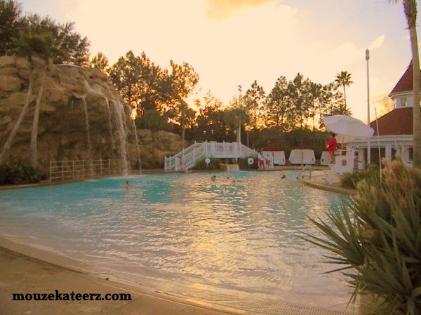 Grand Floridian pool, swimming at Disney, pool hopping at Disney, Disney pools, Grand Floridian activities for kids