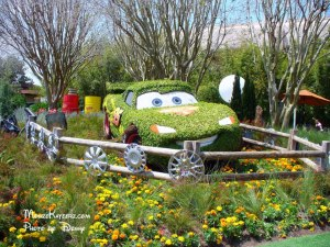 epcotflowercarsmcqueen
